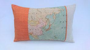 """Dekokissen """" Landkarte Orange"""" . 38,00€"""