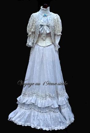 location et confection costumes historique Bordeaux