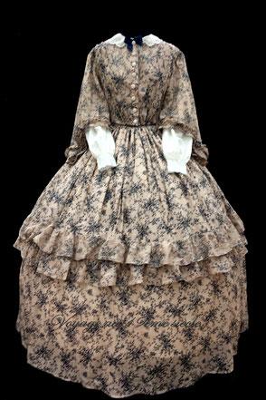 location costumes historique robe second Empire Fort Rainbow