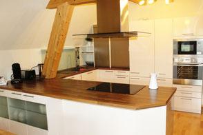 In der geräumige Küche unserer Ferienwohnung in Gengenbach kann man perfekt Kochen