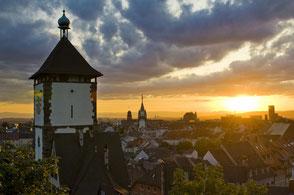 Gehen Sie mit Ihrer Familie von unserer Ferienwohnung in Gengenbach in die schöne südliche Stadt Freiburg.