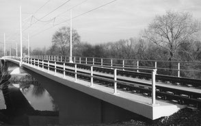 Saalestrombrücke in Halle
