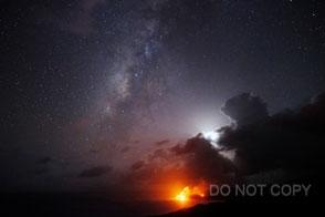 溶岩流と銀河と月 武田康男