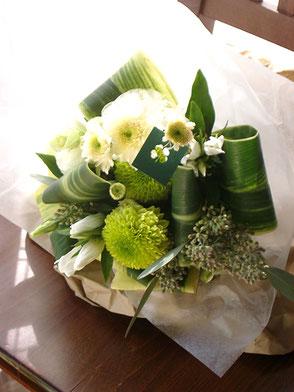 フレッシュグリーン花束