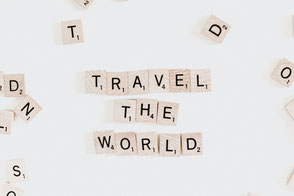 Buchstaben, Reisen