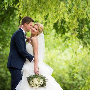 Brautpaar Fotoshooting am Heimatverein Oyten