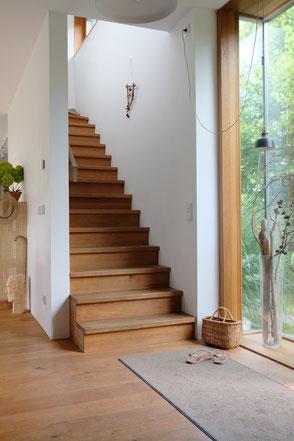 dieartige // Design Studio - #Interior, #Treppe #hallway #Flur #Eingang