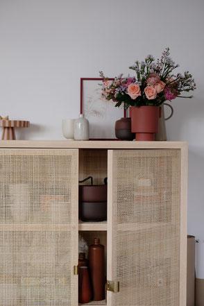 dieartige // Design Studio - #Interior #Rattan #Dekoration #Blumen #Schrank #Winter #Frühling #Boho #ethno #natural