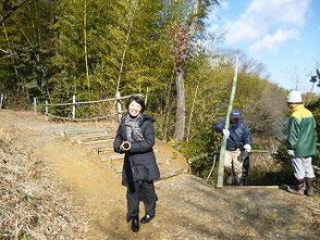 自然環境学習の森を初めて訪れた伊藤さんです