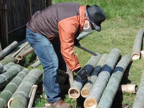 竹を切る久しぶりの酒井さんです!