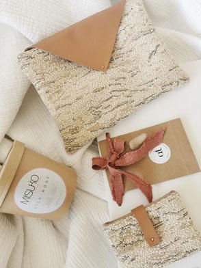 pochette en tissu avec fermeture en cuir, tissu beige, cadeau fête des mères