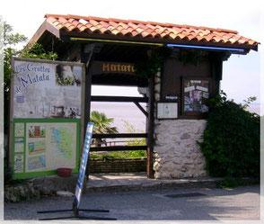 vers Meschers, en Charente Maritime, grottes troglodytes de Régulus et Matata