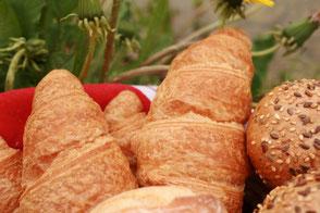 Küster Brötchen Croissant Croissants Blätterteig süß süße