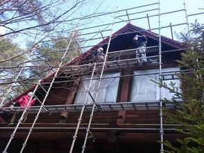 ログハウス塗り替え作業状況