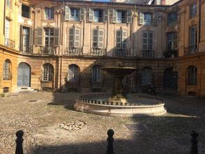Historische Fassade in Aix en Provence