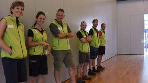 Wanderleiter und das motivierte Team von VivaTrail