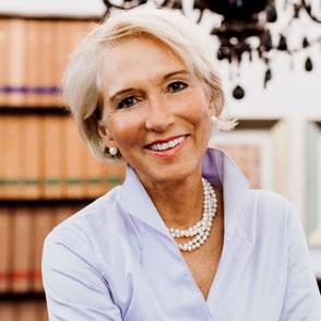 Rechtsanwältin JUDr. Heike Lamadé
