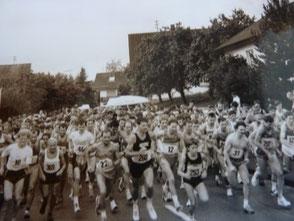 1989: Start zum 10km Lauf beim Volkslauf