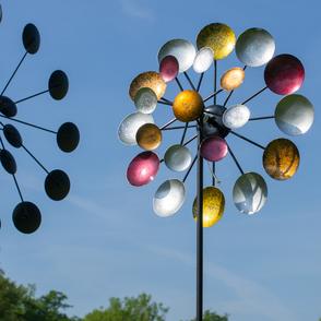 Windspiele & Windräder aus Metall für Garten und Balkon