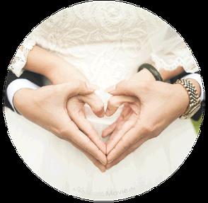 BILD: Brautpaarhände