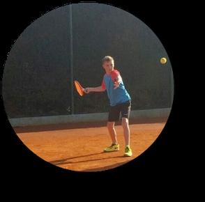 Training Jugendliche bei Sunshine Tennis