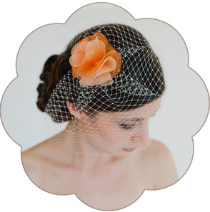 Fascinator, mit Haarblüte Organza Seide für Hochzeit, Gala, Event, Oper, Sommer Look, Trauzeuginnen, Braut Mutter, Standesamt etc.