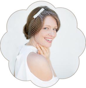 Netz Schleier mit Schleife Seide für die Braut. 50er/ 60er Jahre Style. Fascinator, Birdcage, Veil wedding. Standesamt Kopfschmuck.