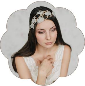 Haarband goldfarben edel mit Seidenblüten. Haarband für die Bohemian, boho Braut. Blütenpracht!