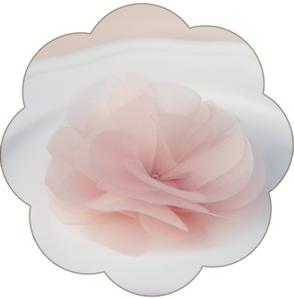 Blüte aus feinster Seiden-Organza, veredelt mit einem strahlenden Kristallstein.