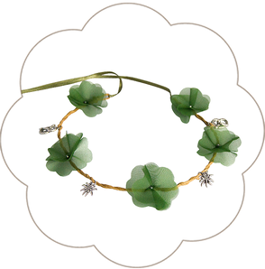Blumenhaarkranz mit Edelweiss und Brezen. Seidenblüten Haarkranz Hochzeit, Oktoberfest, Tracht, Sommerfest, Waldfest. Blütenhaarkranz für die Braut.