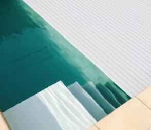 PVC lamellendek in de kleur wit
