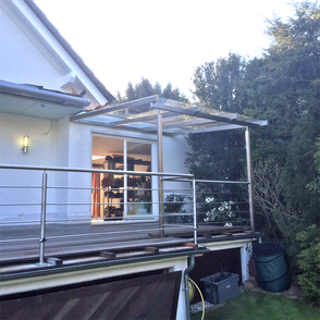Wintergarten, Experte seit über 40 Jahren für Verglasung, Fenster und Haustüren