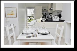 Gedeckter Esstisch Küche