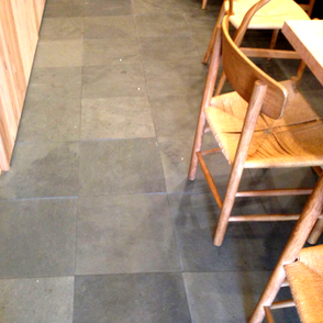 無垢の木空間。自然素材。大阪府吹田市の木の家ならWASH建築設計室。