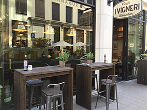 Die Alsterjungs im I Vigneri Cafe