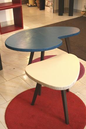 tavolino sagomato, tavolino personalizzato, tavolino salotto moderno, tavolino colorato