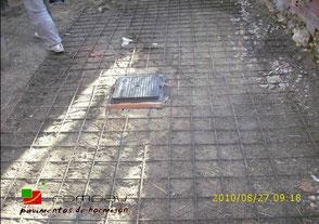 Preparación del terreno con mallazo para hormigón pulido