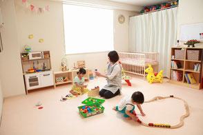 託児ルームにはおもちゃがいっぱい♪