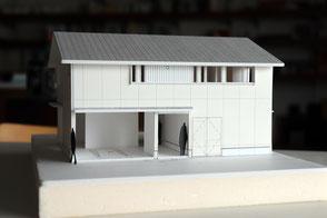 浅口市金光町の住宅の模型写真