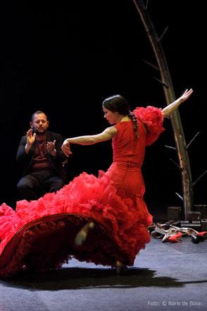 Flamenco-Tänzerin Olga Pericet gastiert beim Flamenco-Festival 2018 im tanzhaus nrw / Color-Foto by Boris de Bonn