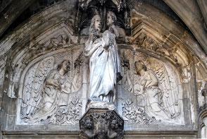 Tympan de l'église N-D de Doullens