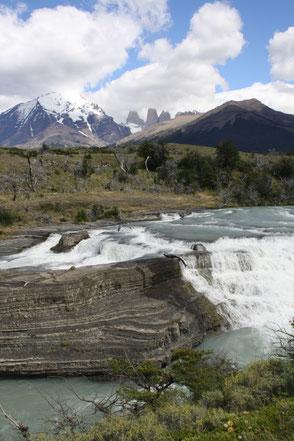 Wasserfall Torres del Paine