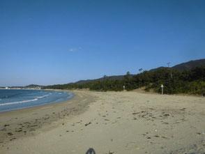 遠浅の海水浴場