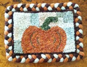 Pumpkin with braided border
