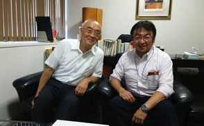 ※2015年9月11日(金)、月尾嘉男事務所にて撮影。左が月尾先生。