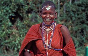 Los masáis celebran la devolución de sus tierras, que corrían el riesgo de ser expropiadas con excusas conservacionistas. ©Survival International
