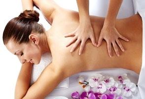 Dame bei Massage