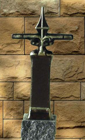 Deko- und Grabkreuz auf Granit