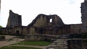 Burg Wolfstein, Kemenate und Mauern der Kapelle