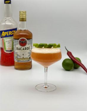 Cocktail Martini Moderna, Martini Moderna, martini, aperol, martini cocktail